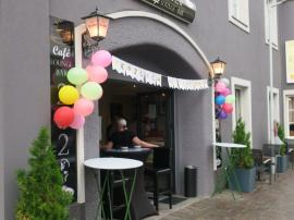 2021.07.21. | Cafe LOUNGE Bar 2020 eröffnet-