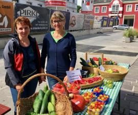 2017-08-12   Gemüse- und Melonenstand-