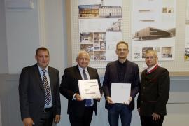 2018.10.24 Bauherrnpreis 2018-Amtsleiter Franz Erasimus, Bgm. Johann Hell, Architekt Sasa Bradic, GR Christian Kreuzeder