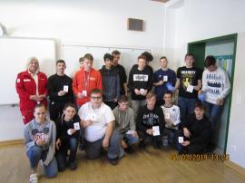 Schüler absolvieren Erste Hilfe Kurs in der PTS Böheimkirchen-