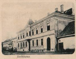 -Das eben neu erbaute Rathaus, 1898