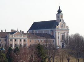 Karmel und Pfarre Maria Jeutendorf-